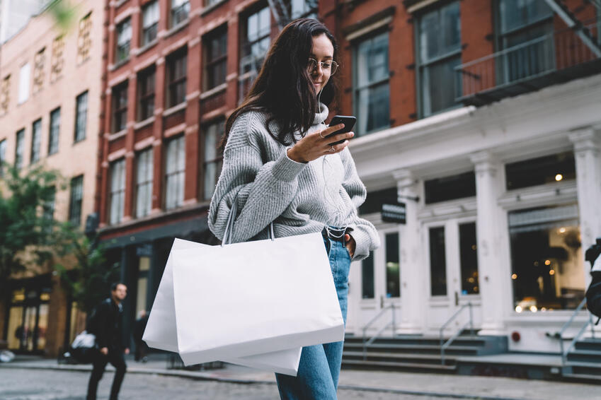 Woman shopping on GfK Blog about brand authenticity