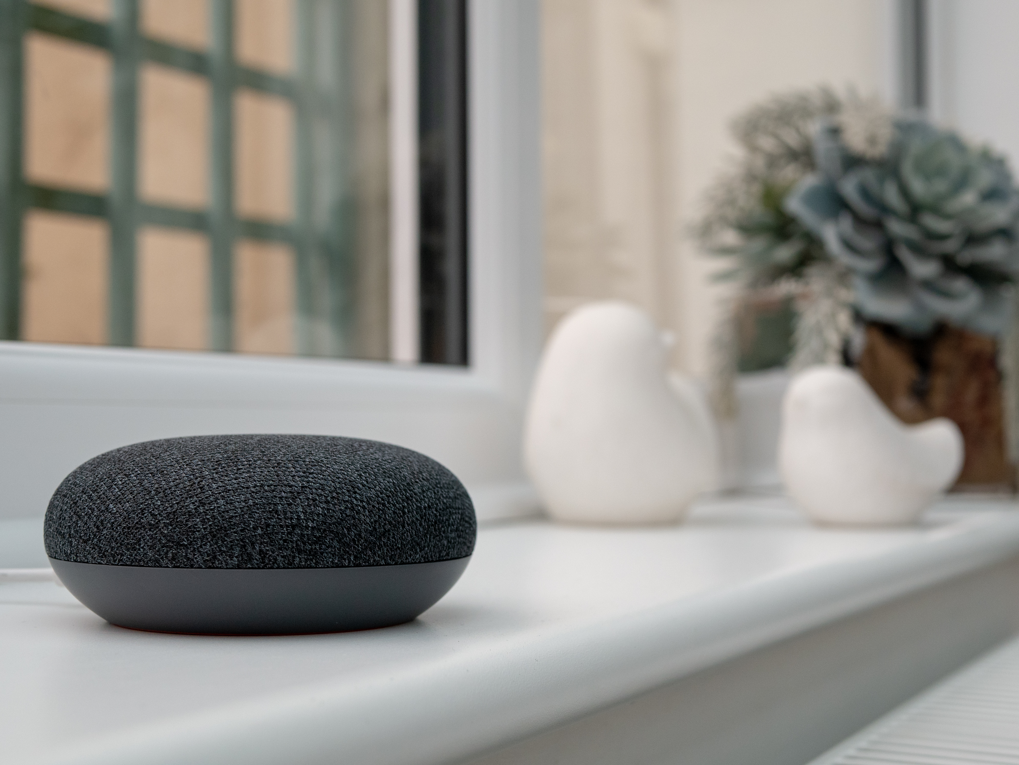 The future of smart home devices includes AI-powered voice command